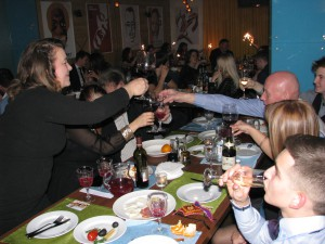 """Новогодняя ночь в кафе """"Сценарио"""". Фото Юлии Руденко."""