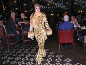 Показ Ланы Киселёвой в джаз-клубе Алексея Козлова. Фото Юлии Руденко.