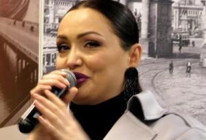 Гостья на презентации книги Ламы Сафоновой. Фото Юлии Руденко.